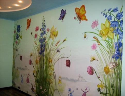 Рисунки на стене в детской комнате фото