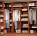 Плюсы гардеробной комнаты для одежды и обуви